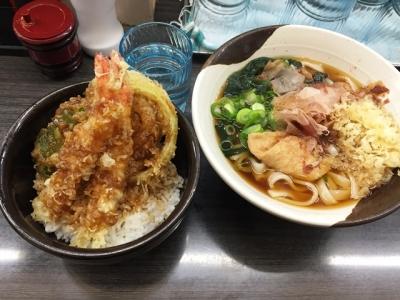 160119げんき庵きしめん290円とミニ海老天丼290円
