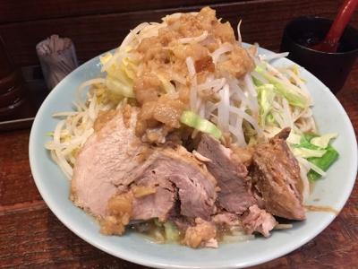 160121立川マシマシ中ラーメン750円は麺300gに野菜も肉も多い