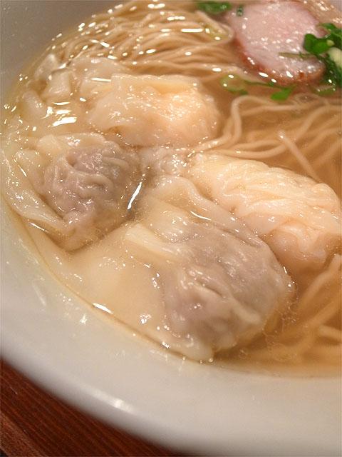 150607八雲-特製ワンタン麺・ワンタン