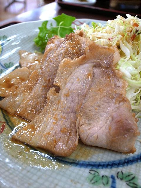 150614阿武隈高原SA-エゴマ豚の生姜焼き定食アップ