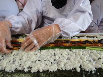 長巻き寿司94