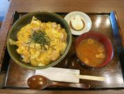 木曽美水鶏親子丼