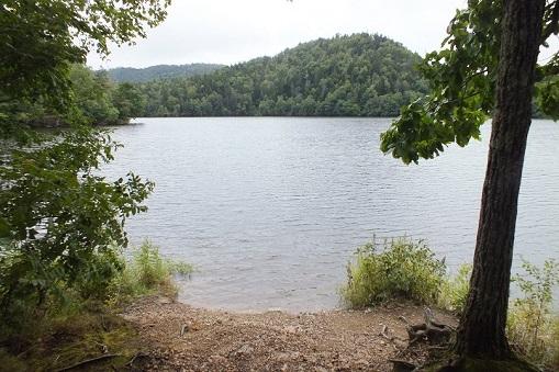 チミケップ湖3