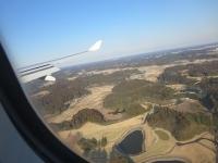 飛行機の影が