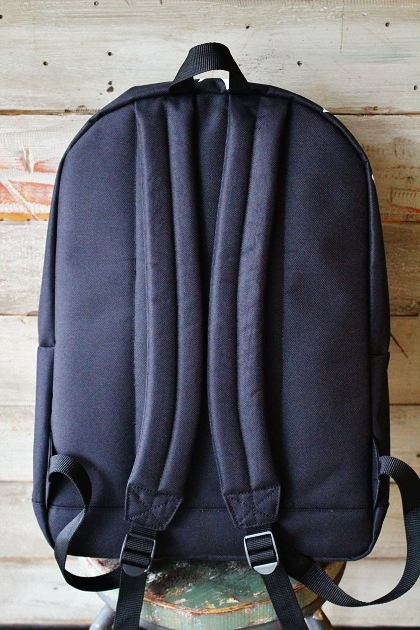 OC CREW BIG LOGOBACK PACK (7)