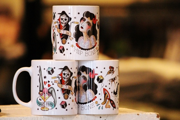 HIP BONE TATTOO MUG CUP (2)