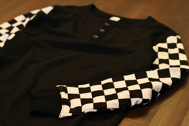 THE Checkered Henley (6)