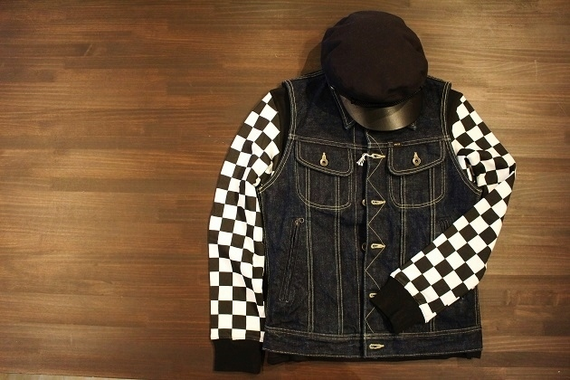 THE Checkered Henley (7)