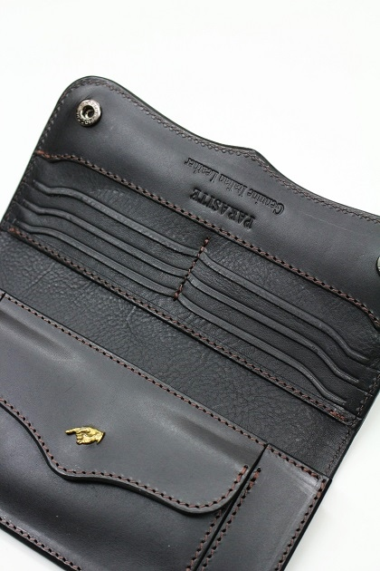 PARASITE PLAIN WALLET (14)