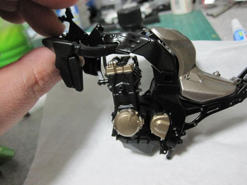 タミヤ ZX12R