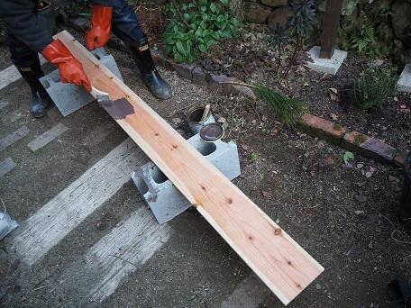 フェンス増設板塗り