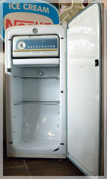 ヴィンテージ冷蔵庫