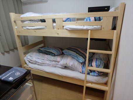 階層式のベッドルーム