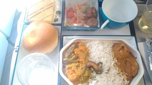 2016-1-18スリランカ行きの機内食1+