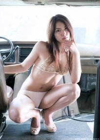 akimoto_sayaka_g015.jpg