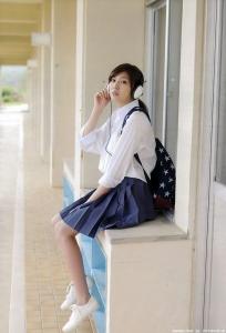 iwasaki_nami_g002.jpg