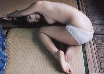 koizumi_maya_g087.jpg