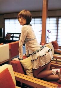 shinoda_mariko_g143.jpg