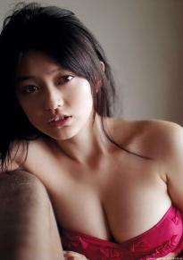 yamachi_mari_g003.jpg