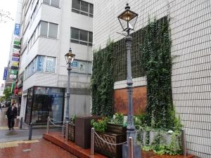 日本で最初のガス灯の碑