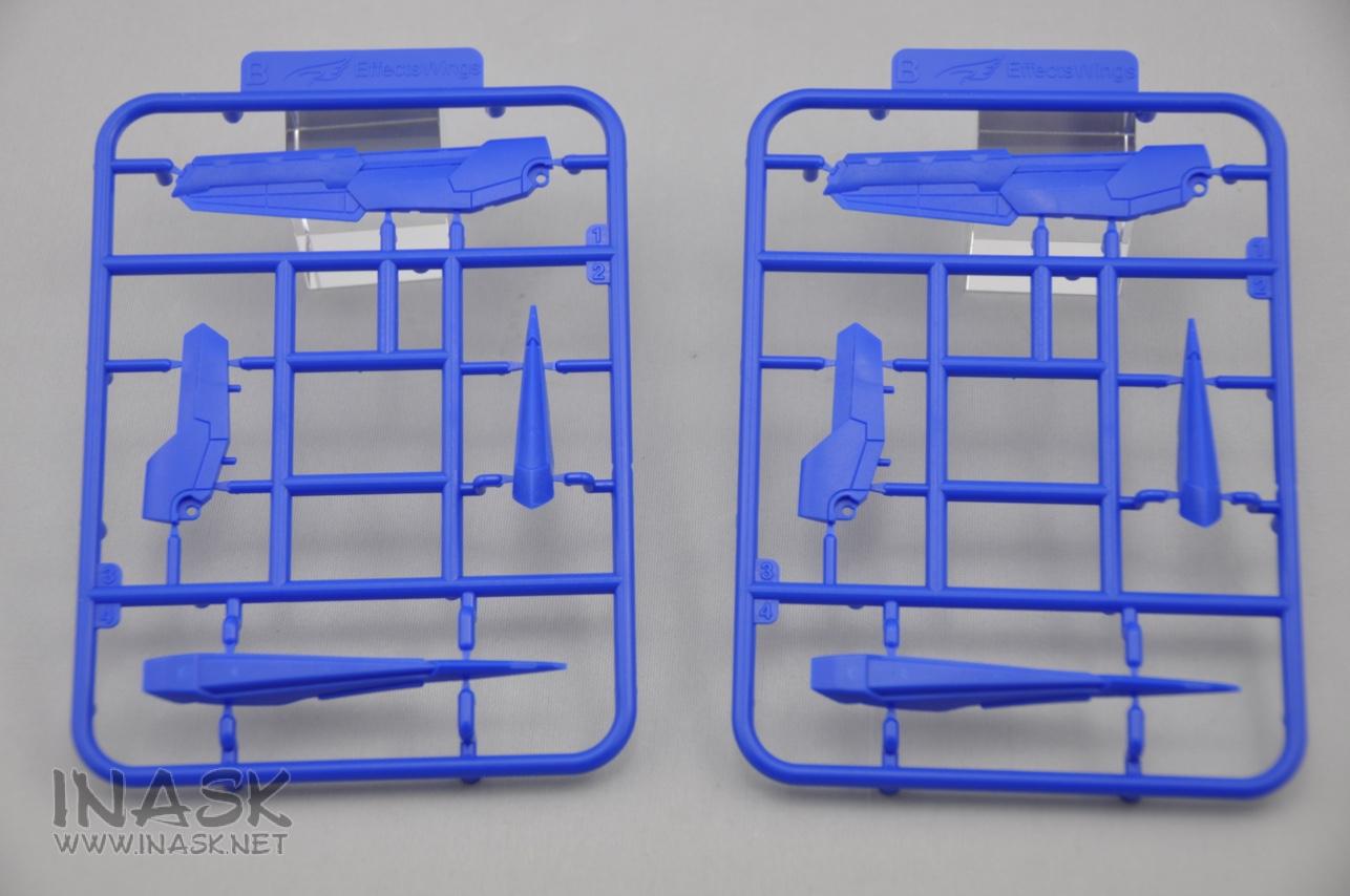 S122-astray-backpack-runner-07.jpg