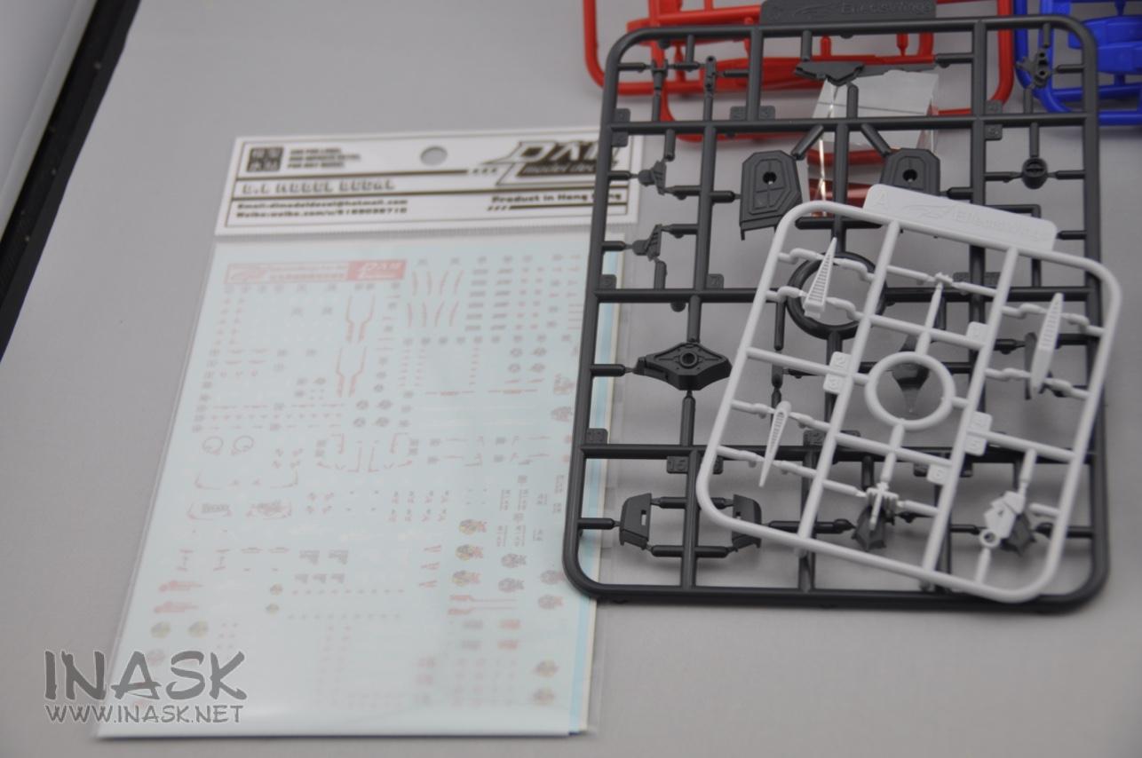 S122-astray-backpack-runner-13.jpg