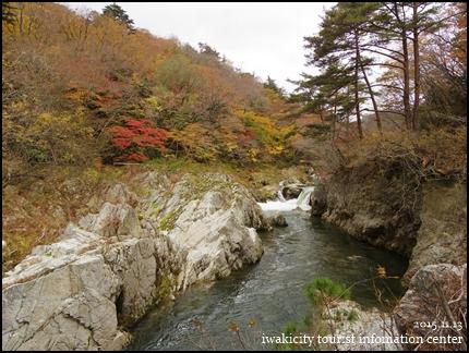 篭場の滝1