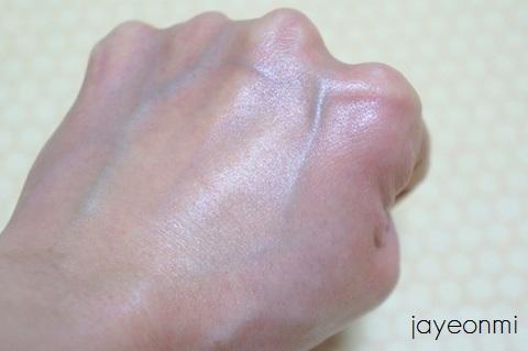 ザ・フェイスショップ_ザ・セラピー_エッセンシャル_化粧水_乳液 (3)