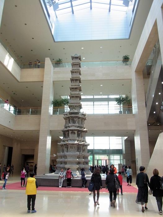 韓国国立中央博物館の内部