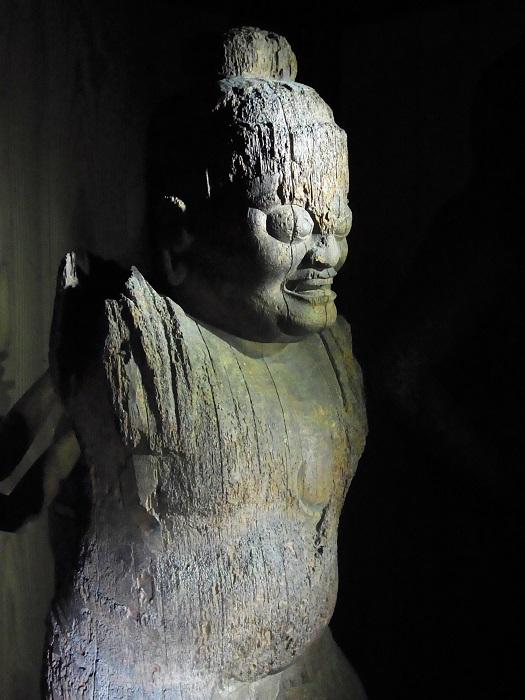 五社神社・蔵王権現立像