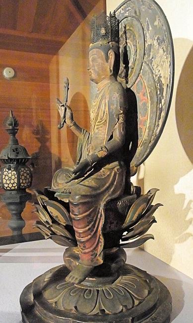 額安寺・虚空蔵菩薩像