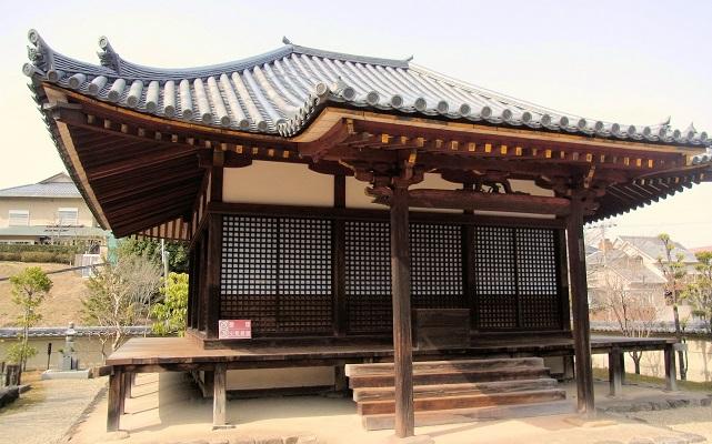 圓證寺本堂(重文・室町時代)