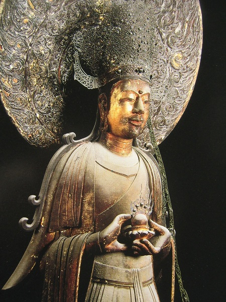 法隆寺・救世観音像(クスノキ材)