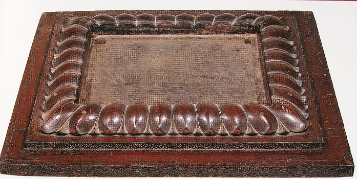 玉虫厨子の台座部分の反花蓮弁~台座部分はヒノキ材・蓮弁部分はクスノキ材