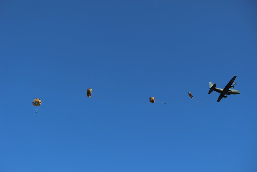 第一空挺団降下始め 038