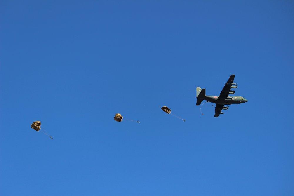 第一空挺団降下始め 047