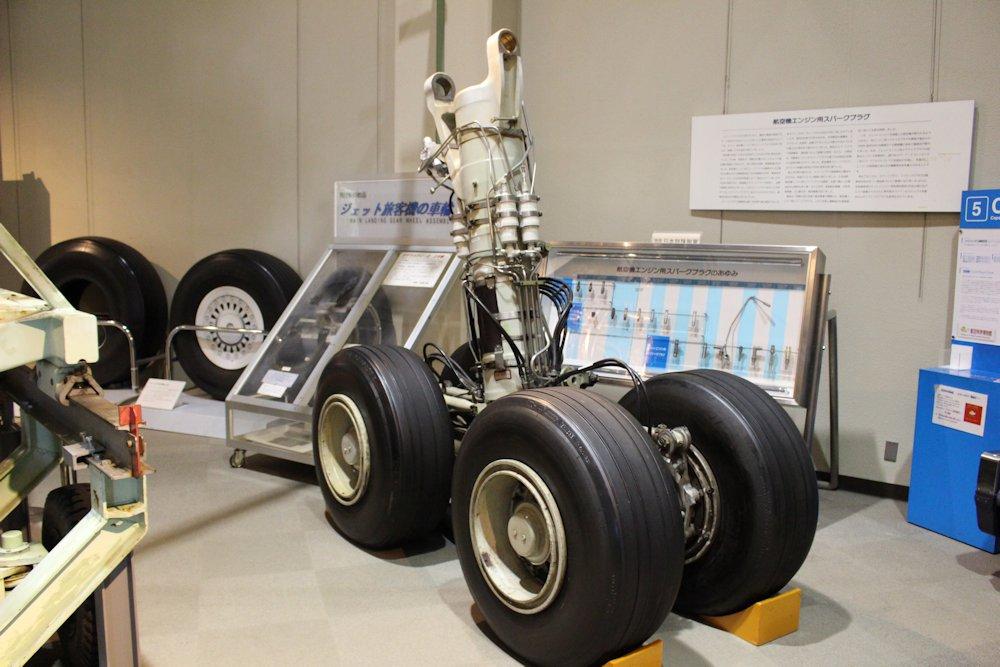 航空科学博物館 032