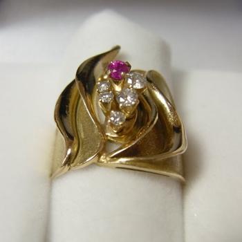 gold_ring11_11_1.jpg