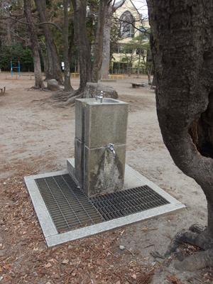 P3103319公園の水飲み場