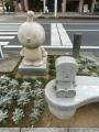 JR高知駅 アンパンマン関連の石碑2