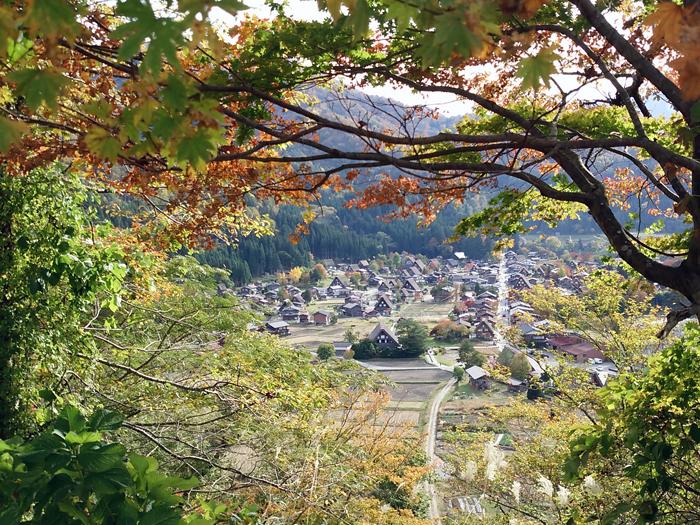 ☆紅葉が美しい白川郷を満喫! ①