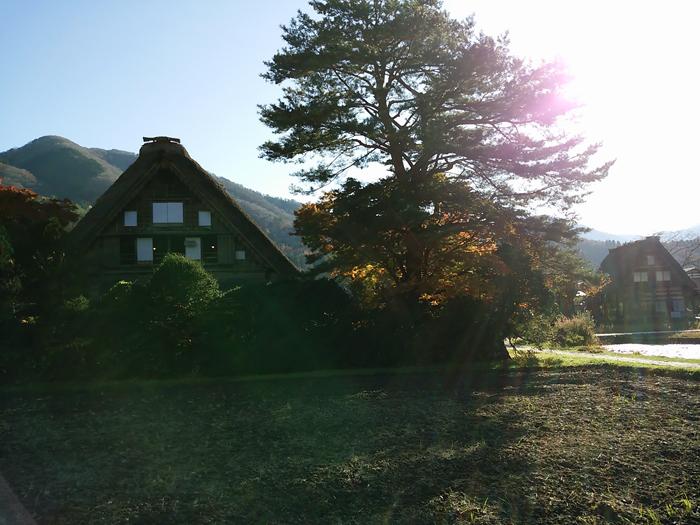 晩秋から初冬が良い季節。 紅葉や初冠雪など四季の移ろいが特に際立つ風景も ⑤
