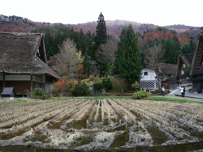 晩秋から初冬が良い季節。 紅葉や初冠雪など四季の移ろいが特に際立つ風景も ⑦
