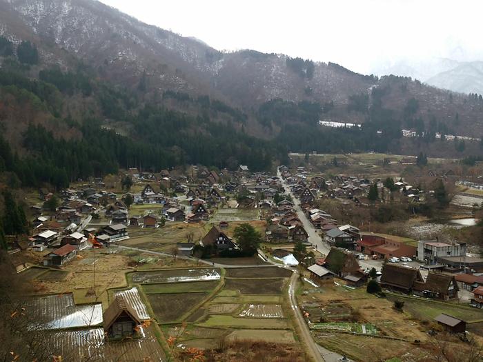 いよいよ、本格的な冬の到来を迎えましたね☆ 白川郷 ①