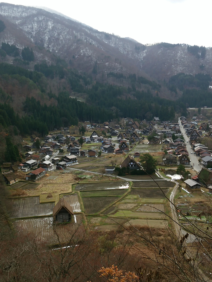 いよいよ、本格的な冬の到来を迎えましたね☆ 白川郷 ②