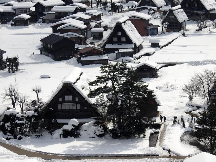 幻想的な白川郷の冬を見に行こう♪白川郷ライトアップを楽しむ旅へ ②