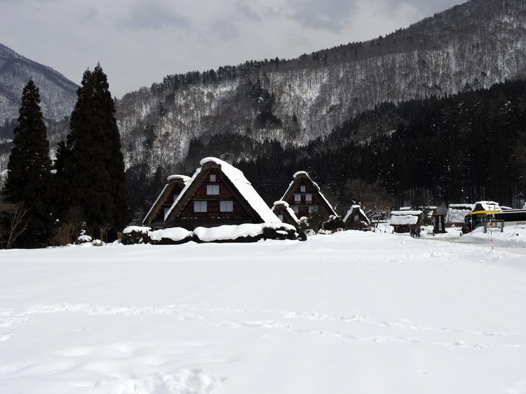 幻想的な白川郷の冬を見に行こう♪白川郷ライトアップを楽しむ旅へ ⑤