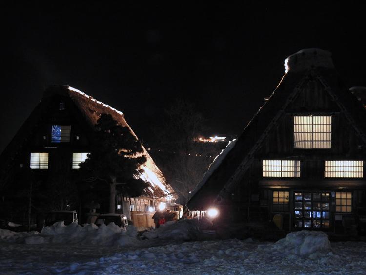 冬の風物詩 第6回 白川郷ライトアップ 2月7日(日)  ③