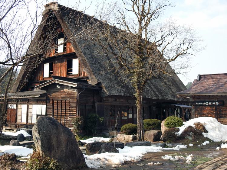 卒業旅行や春休み、もうすぐ新年度を迎えるこの季節にお勧めの旅行~白川郷~ ⑦