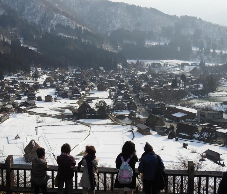 卒業旅行や春休み、もうすぐ新年度を迎えるこの季節にお勧めの旅行~白川郷~ ⑨